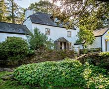 Snaptrip - Holiday cottages - Excellent Hay Bluff Cottage S50175 - Hidden Valley Web Jpegs-