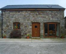 Snaptrip - Last minute cottages - Charming Ystradgynlais Cottage S40220 - Beudy Bach Barn self catering cottage