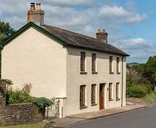 Snaptrip - Last minute cottages - Cosy Pencelli Cottage S40216 - Castle Canal House Web Jpegs-0660