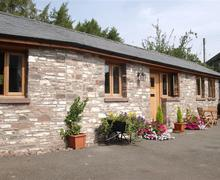 Snaptrip - Last minute cottages - Delightful Cantref Cottage S40310 - Cantref Coach House inthe Brecon Beacons