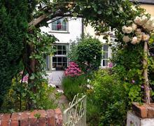 Snaptrip - Last minute cottages - Captivating Talybont On Usk Cottage S40233 - Groves Cottage-004