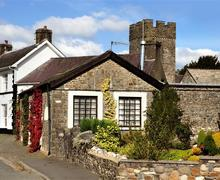Snaptrip - Last minute cottages - Stunning Cilycwm Cottage S40099 - Neuadd Cottage - Copy