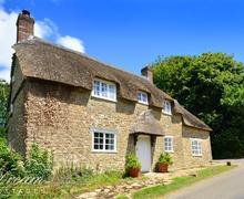 Snaptrip - Last minute cottages - Gorgeous Burton Bradstock Cottage S43281 - Exterior