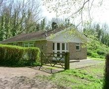 Snaptrip - Last minute cottages - Attractive Ringstead Cottage S43221 - woodldscf0427