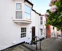 Snaptrip - Last minute cottages - Captivating Weymouth Cottage S73908 - Exterior
