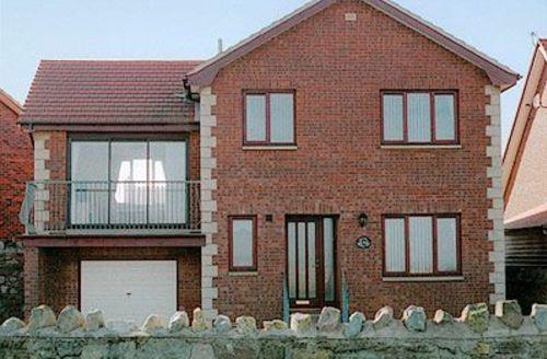 Snaptrip - Last minute cottages - Splendid Beadnell Cottage S14475 -