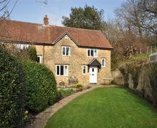 Snaptrip - Last minute cottages - Splendid South West Dorset Cottage S43352 - Pickford Cottage