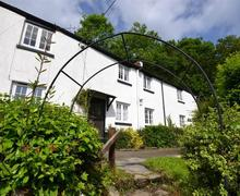 Snaptrip - Last minute cottages - Splendid South Devon Aveton Gifford Cottage S58625 - Skippers exterior