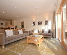 Snaptrip - Last minute cottages - Superb Cornwall Talland Bay Cottage S58400 - 6TALL living 1_R