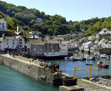 Snaptrip - Last minute cottages - Luxury Cornwall Polperro Apartment S58353 - Polperro from the Warren (3) arrow