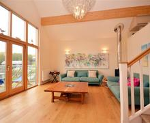 Snaptrip - Last minute cottages - Cosy Cornwall Talland Bay Cottage S58604 - 29 lounge 1 (R)