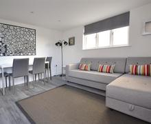 Snaptrip - Last minute cottages - Stunning South Devon Salcombe Cottage S59700 - Waxwell 002_R