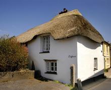 Snaptrip - Last minute cottages - Exquisite South Devon Malborough Cottage S58455 - A Driftwood exterior