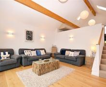 Snaptrip - Last minute cottages - Gorgeous Cornwall Talland Bay Cottage S58569 - 33 lounge 2 (R)