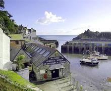Snaptrip - Last minute cottages - Charming Cornwall Polperro Cottage S58726 - Farthing view from double bedroom 2