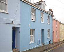 Snaptrip - Last minute cottages - Inviting South Devon Salcombe Apartment S58539 - Exterior edit_R