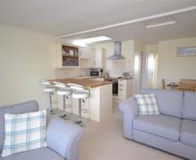 Snaptrip - Last minute cottages - Charming South Devon Malborough Cottage S58731 - 18 Cumber Close 019