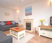 Snaptrip - Last minute cottages - Lovely South Devon Malborough Cottage S78219 - Salcombe Fields 016_R