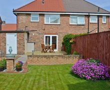 Snaptrip - Last minute cottages - Gorgeous Newcastle Upon Tyne Cottage S14629 -