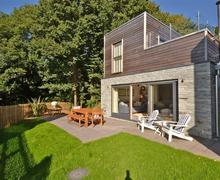 Snaptrip - Last minute cottages - Gorgeous Cornwall Talland Bay Cottage S58549 - 21TALL exterior 1_R