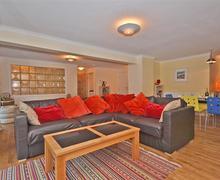 Snaptrip - Last minute cottages - Beautiful Cornwall Polperro Apartment S58590 - Alarra 115_R