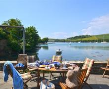 Snaptrip - Last minute cottages - Inviting South Devon East Portlemouth Cottage S58743 - Little Haven 003_R