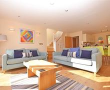 Snaptrip - Last minute cottages - Luxury Cornwall Talland Bay Cottage S58484 - 3 lounge