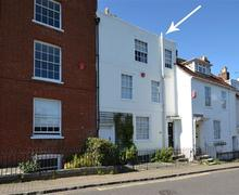 Snaptrip - Last minute cottages - Quaint Lymington Cottage S58952 - Sea House PS