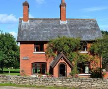 Snaptrip - Last minute cottages - Delightful Minstead Cottage S58949 - Acres Down (1)