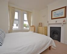Snaptrip - Last minute cottages - Wonderful Lymington Cottage S58867 - 2015-05-11 15.25.39_R