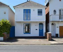Snaptrip - Last minute cottages - Captivating Lymington Cottage S58926 - Alexandra 1