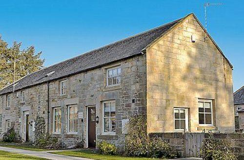 Snaptrip - Last minute cottages - Delightful Warkworth Cottage S14699 -