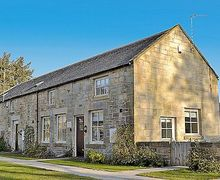 Snaptrip - Last minute cottages - Delightful Warkworth Cottage S14699 -