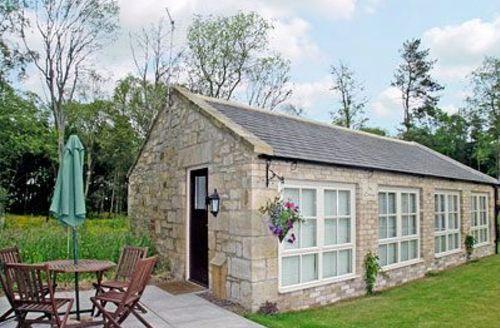 Snaptrip - Last minute cottages - Beautiful Warkworth Cottage S14700 -
