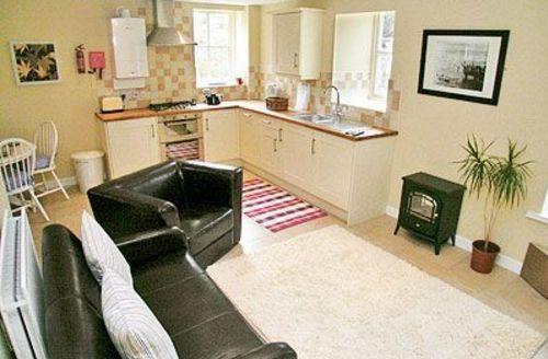 Snaptrip - Last minute cottages - Captivating Warkworth Cottage S14701 -