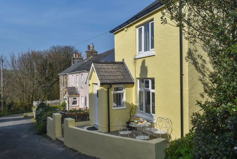 Delightful secluded cottage in a peaceful location | Tower Hill Cottage, Dinas Cross, near Newport - Tower Hill Cottage