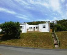 Snaptrip - Last minute cottages - Beautiful Nolton Haven Lodge S75903 - K453 BR1