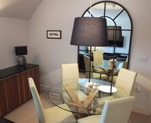 Snaptrip - Last minute cottages - Cosy Saundersfoot Apartment S75842 - K605 002