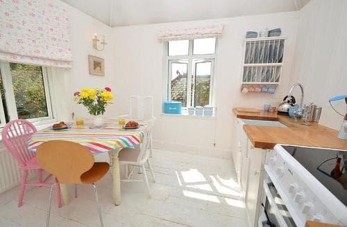 Exquisite Dartmouth Cottage S77928