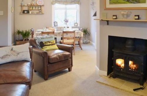 Snaptrip - Last minute cottages - Cosy Stanhope Cottage S14821 -