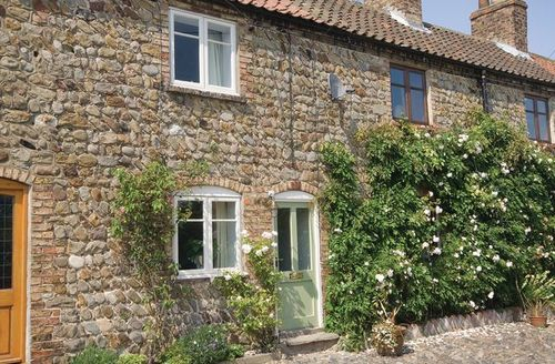 Snaptrip - Last minute cottages - Stunning Driffield Cottage S14872 -