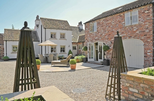 Snaptrip - Last minute cottages - Adorable Driffield Cottage S14927 -