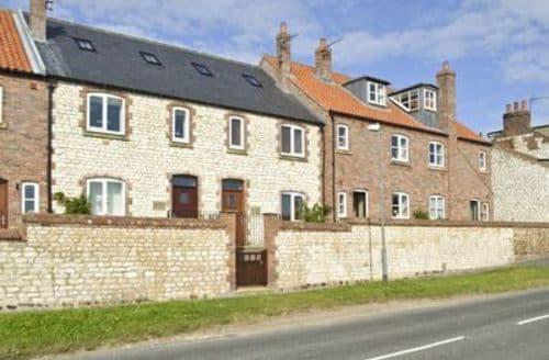 Snaptrip - Last minute cottages - Captivating Flamborough Cottage S14935 -