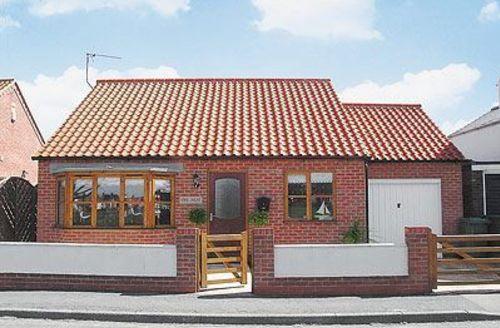 Snaptrip - Last minute cottages - Tasteful Flamborough Cottage S14938 -