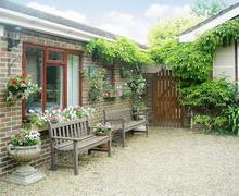 Snaptrip - Last minute cottages - Adorable Canterbury Cottage S44352 -