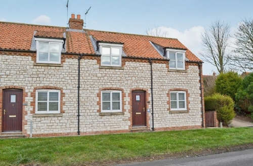 Snaptrip - Last minute cottages - Attractive Flamborough Cottage S14948 -
