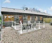 Snaptrip - Last minute cottages - Quaint Whitstable Cottage S13665 -