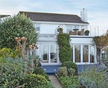 Snaptrip - Last minute cottages - Superb Whitstable Cottage S72833 -