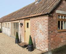 Snaptrip - Last minute cottages - Delightful Chippenham Cottage S78767 -