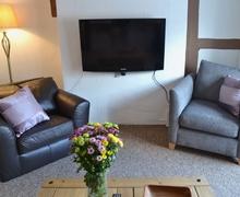 Snaptrip - Last minute cottages - Wonderful Marlborough Apartment S37349 -
